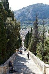 1824__320x240_calvari-steps